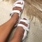 Papete Feminina Branca com Detalhes em Matelassê e Fechamento de Velcon Coleção de Calçados Femininos Primavera Verão Loja Online Mm Store Shoes (3)