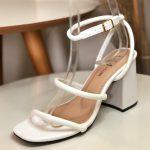 Sandália Feminina Branca de Salto Méio Bloco com Detalhes de Tiras Fofinhas confortavel Nova Coleção Primavera Verão Loja Online MM Store Shoes (5)