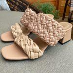 Tamanco Feminino Bege de Salto Bloco Baixo e Detalhes em Tranças Tendência da Moda Conforto e Estilo Loja Online MM Store Shoes (4)