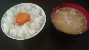 漬け卵ごはんwith白身味噌汁
