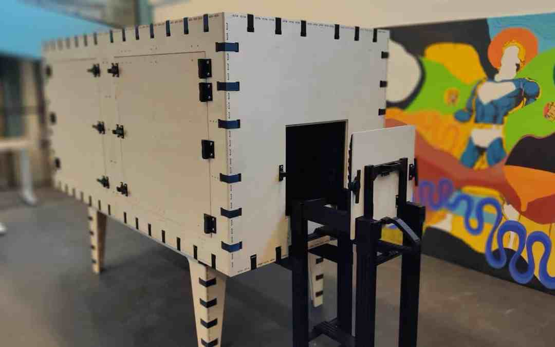 Anechoic test chamber with side-loading slider system for manufacturing
