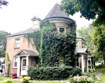 Shorewood Castle
