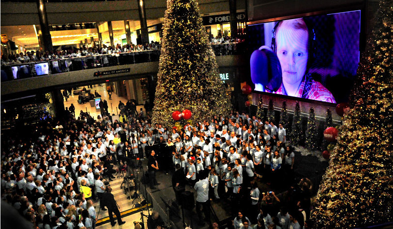 More than 5,000 people joined a world-record