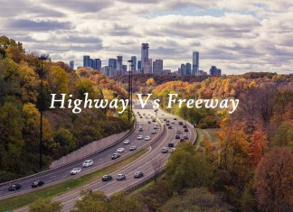 difference between highway and freeway