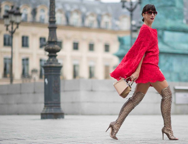 86_PFW In red