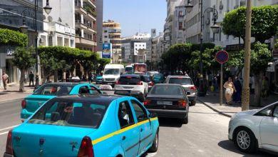 اختناق مروري رهيب وارتباك في حركة السير بشوارع طنجة 2
