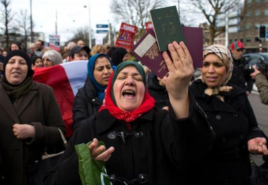 أزمة جديدة بين المغرب وهولندا بسبب المغاربة العالقين 1