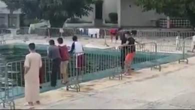 بعد فيديو السباحة..السلطات تفرغ مسبح فندق أهلا من المياه 5
