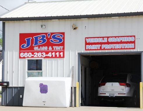 JBSGlass (1)