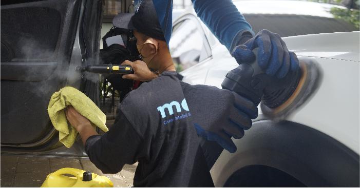 berlangganan jasa cuci mobil di rumah yang profesional dan bisa dipercaya.