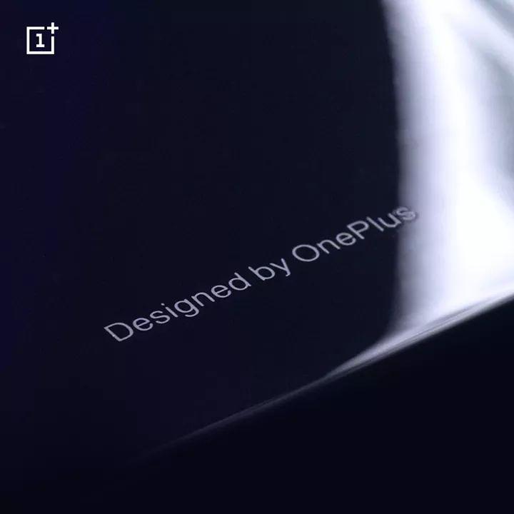 Bekräftat: OnePlus 6 kommer vara gjord i glas
