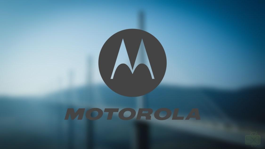 Prototyp av Moto Z3 Play fastnar på bild
