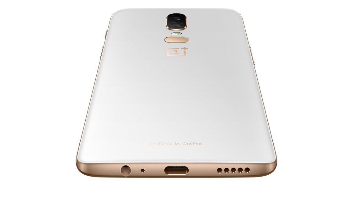 OnePlus 6 kan nu återigen beställas i färgen Silk White