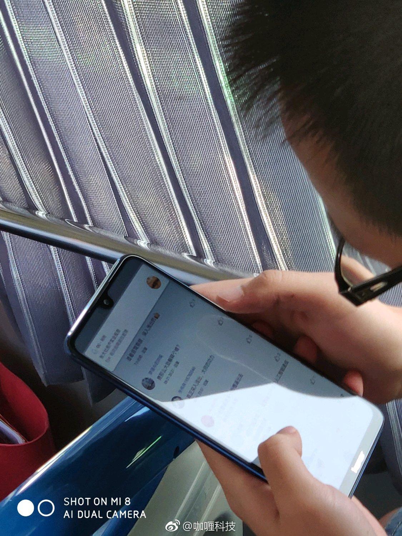 Huawei Honor 8X dyker upp i det vilda