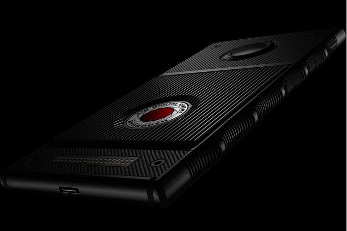 RED Hydrogen One får ett 4510 mAh-batteri