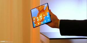 MrMobile tar en titt på Huawei Mate X