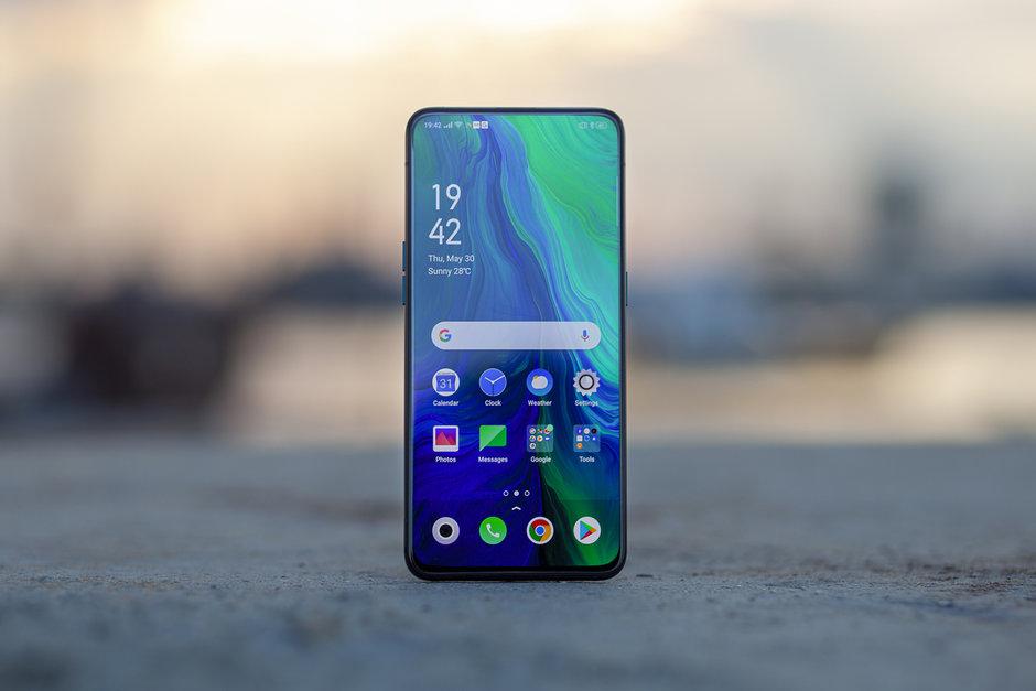 OPPO visar upp smartphone med kameran gömd under displayen