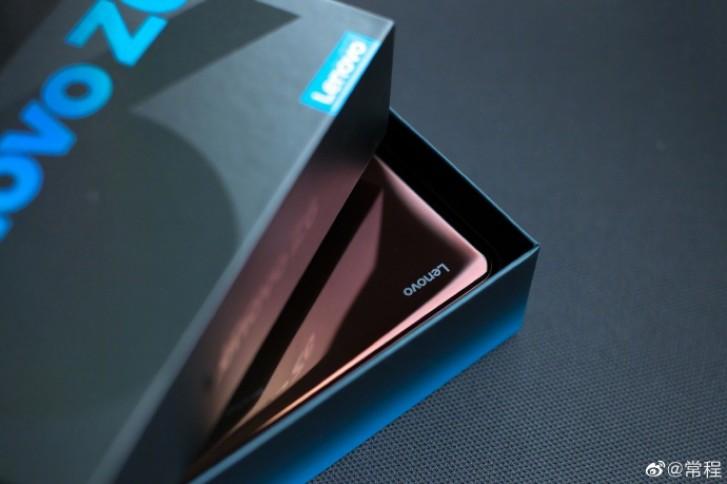 Lenovo släpper bild på Z6 Pro