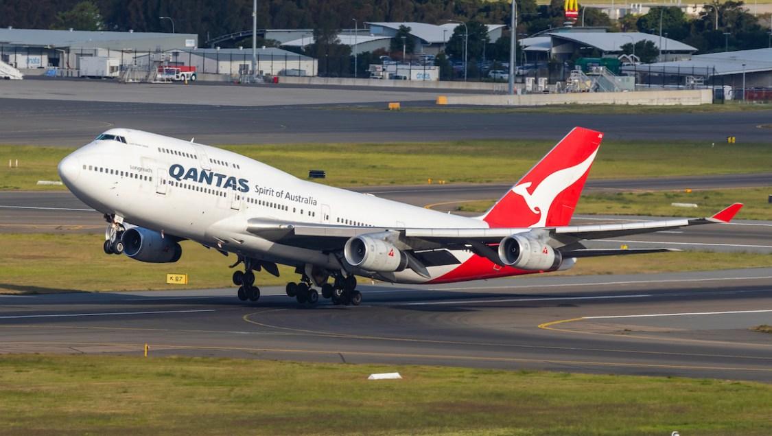 Qantas gör sig av med sin första Boeing 747-400
