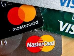 Baissons les taux des cartes decrédit
