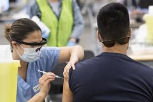 Vaccination | Le Palais des congrès affiche complet pour la première fois