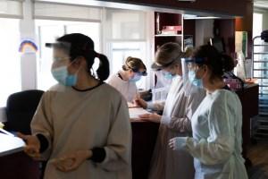 Un an de pandémie | Des médecins plus angoissés