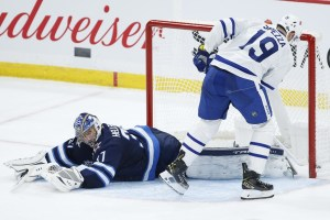 Victoire des Leafs en prolongation contre les Jets
