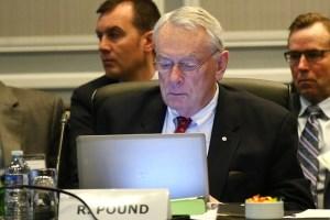 Vaccination contre la COVID-19 | Les athlètes devraient être priorisés, affirme Dick Pound