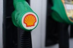 Face à une demande de pétrole en berne, Shell supprime des milliers d'emplois