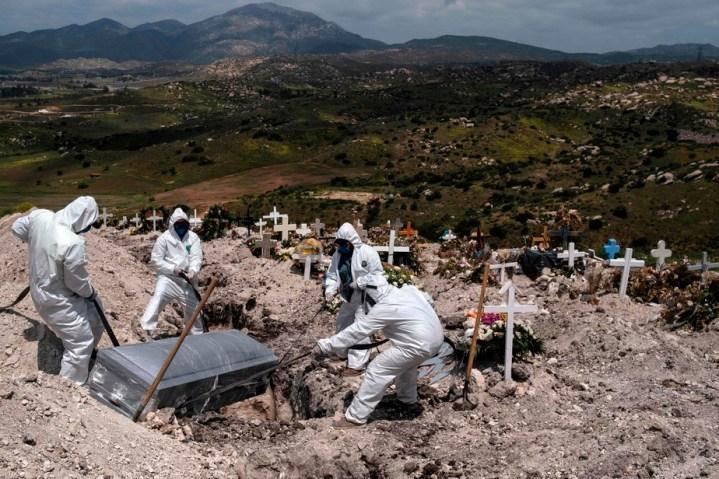 Le bilan de la pandémie dans le monde: plus de 1002000 morts