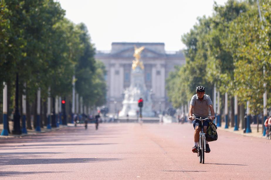 La royauté britannique anticipe des difficultés financières en raison de la pandémie