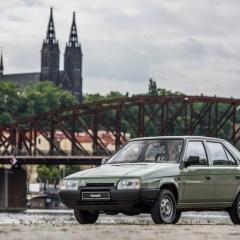 ŠKODA FAVORIT: Start einer Erfolgsära vor 30 Jahren