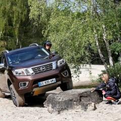 """Im Nissan Navara durch die Wüste: Mit Frauen-Power zur """"Rebelle Rallye"""""""
