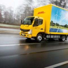 Erste vollelektrische Lkw aus Serienproduktion – FUSO eCanter – in Kundenhand in Europa