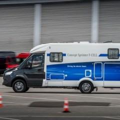 Mercedes-Benz Vans präsentiert Sprinter mit Elektroantrieb und Brennstoffzelle
