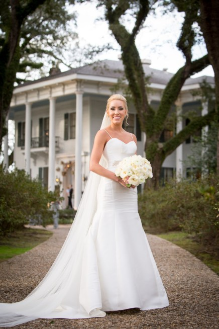 Timeless portrait of a bride at the Bragg-Mitchell Mansion
