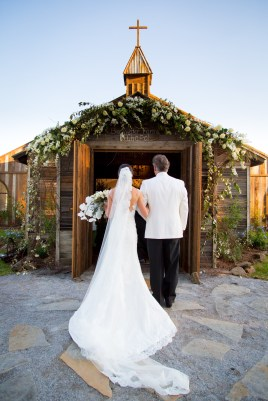 Father walks the bride down the aisle at Blackwater Farms Chapel