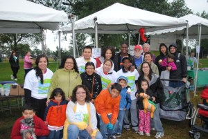 Mobile C.A.R.E. Foundation Staff and Supporters at Hike for Lung Health 2011