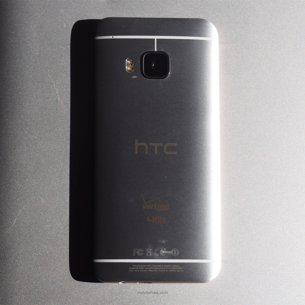 HTC One M9 back review