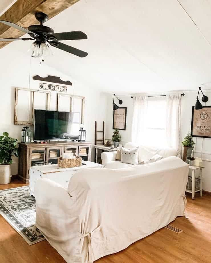 15 Stunning Farmhouse Style Light Fixtures For Low Ceilings