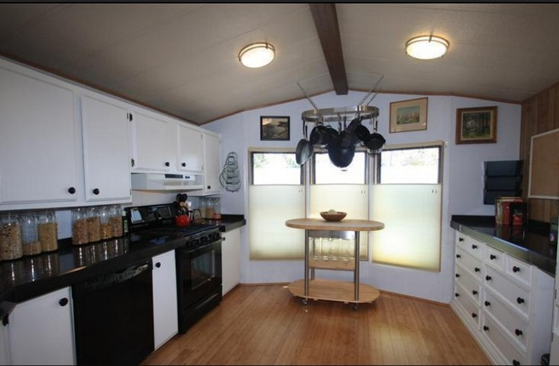 6 Great Mobile Home Kitchen Makeovers   Mobile Home Living 6 Great Mobile Home Kitchen Makeovers