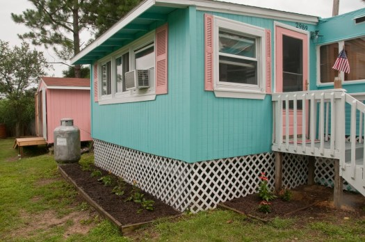 Vintage Mobile Home Makeover