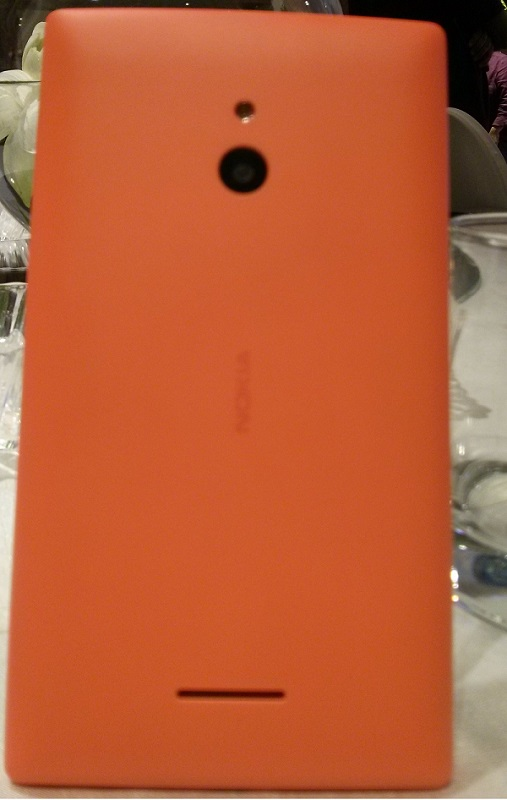 New color for Nokia XL