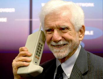 inventor  Cell Phone Inventor No Fan of Smartphones, Universality