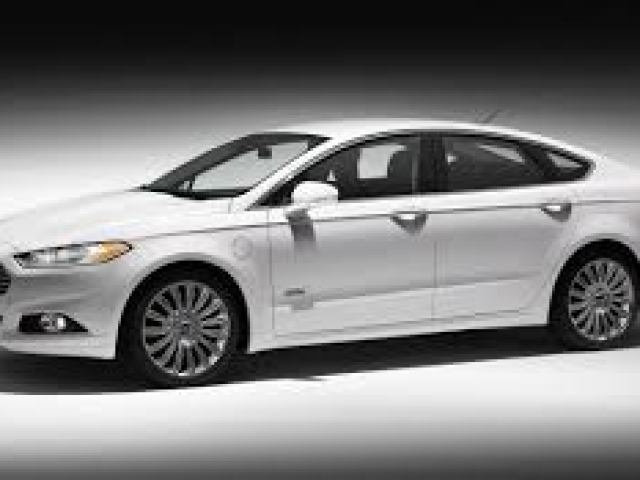 Ford-Fusion-Hybrid Top 5 Mid-Segment Cars of 2015