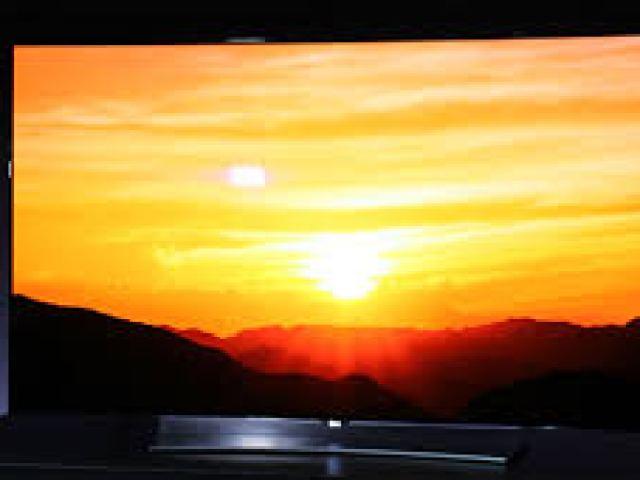 LG-EG9600 Top 5 TV Screens of 2015