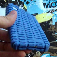 hardcandy-gumdprop-200 First iPhone 4 case hands on