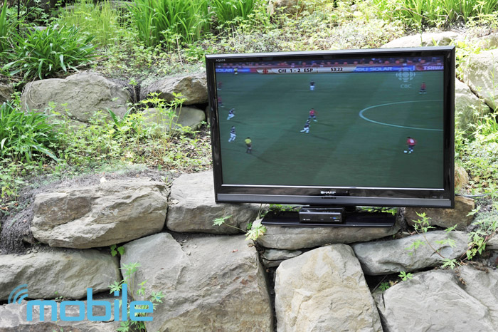 trulink-backyard Review: TruLink 60GHz wireless HD Kit puts your TV exactly where it should be