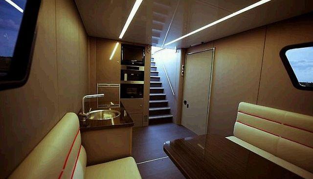 futuria-sportsspa-caravan_15_52 Pimped out Motorohome for the rich