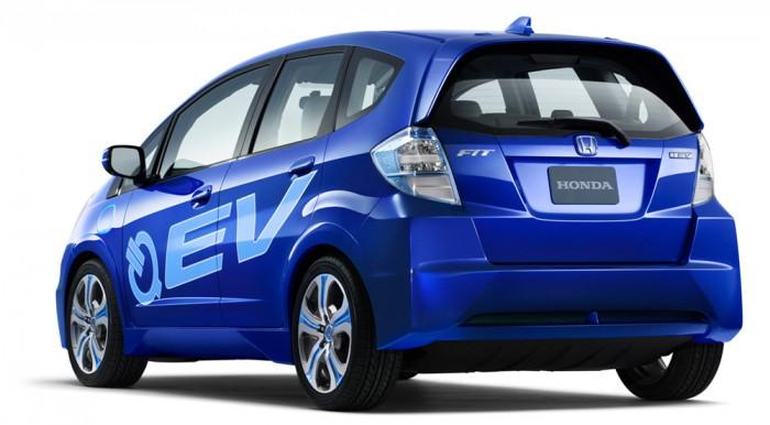 2010_Honda_LAAS_03_Fit_EV_Concept-700x386 Full electric Honda Fit makes debut at LA Auto Show